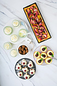 Low-carb pastries, truffles and cake
