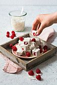 No-bake coconut cubes with raspberries (low carb)