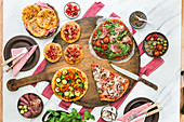Various pizzas (low carb)
