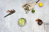 Zutaten für Gemüsekuchen (Low Carb)