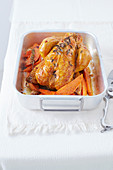 Chicken with myrtle, sweet potatoes and oranges