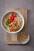 Oriental noodle bowl with chicken