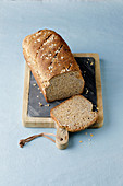 Rich wholemeal bread with apple and flaxseeds