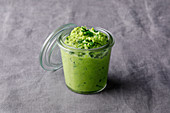 Avocado and pea cream
