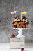 Bundt cake with cherries