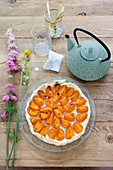 Summer meringue cake with apricots