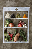 Fruits, vegetables and spices, apple, asparagus, avocado, beetroot, berry, blackberry, broccoli, cardamom