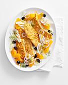 Panierte Putenschnitzel mit Fenchel-Orangen-Salat