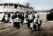 Immigrants to the USA landing at Ellis Island, New York