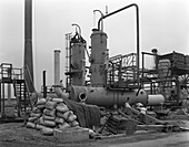 Sulphur recovery plant under construction, 1962