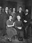 Marie Curie, Polish-born French physicist