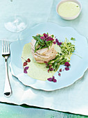 Veal on goat's cream cheese and herb sauce with green beans