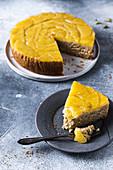 Glutenfreier Upside Down Cake mit Ananas und Ingwer