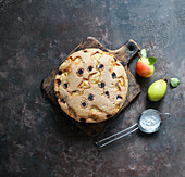 Pear cake with grapes
