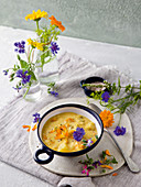 Bergisches hay soup with potatoes