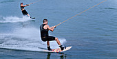 Tandem wakeboarding
