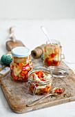 Rainbow-Pickles im Einmachglas