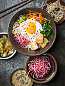 Fried egg and vegetables on plate