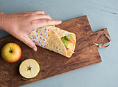 Chicken wrap with curry sting, apple and avocado