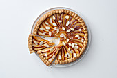 Apple and almon pie