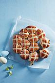 Tear and share hot cross buns