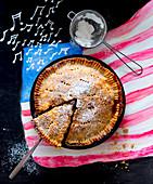 American Apple Pie, angeschnitten