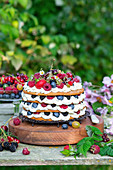 Honey layer cake with berries