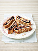 Yeast bread with cocoa and hazelnut filling