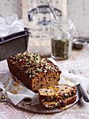 Süßes Kürbisbrot mit Kakaonibs (Paleo-Küche)
