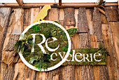 The green logo of 'La Recyclerie', Paris, France