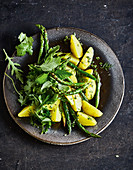 Warm asparagus salad with potatoes