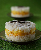 Rice pudding cake with mango and pineapple