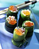 Leek rolls with prawns and caviar (Asia)
