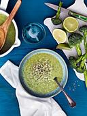 Broccoli soup with lime and hempseeds