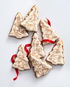 Cinnamon Christmas tree biscuits