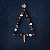 Weihnachtsbaum aus Schokoladenpralinen