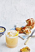Hot-cross-bun amaretto sour