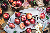 Freshly picked apples on linen cloth