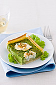 Spinach tart with three types of cheese