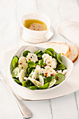 Wintersalat mit Blumenkohl, Topinambur und Chili-Zitronenvinaigrette