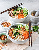 Vermicelli noodle salad with lemongrass tofu