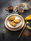 Tartines with butternut squash, honey and almonds