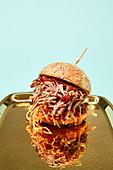 Pulled-Pork-Burger mit Biersauce
