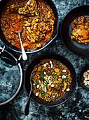 Tagine mit Quinoa, Huhn und Mandeln (One Pot)