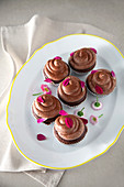 Mayonnaise chocolate cupcakes with buttercream