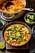 Vegetarian curry with mushrooms, broccoli and chickpeas