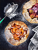 Apricot pie with icing sugar