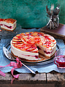 No bake cheescake with plums
