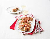 Turkey rolls with artichoke and marjoram filling