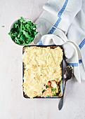 Lachs-Fenchel-Pie mit Kartoffelhaube